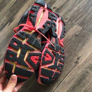 Nike Shoes - Women's Nike Lunarglide 2 shoes